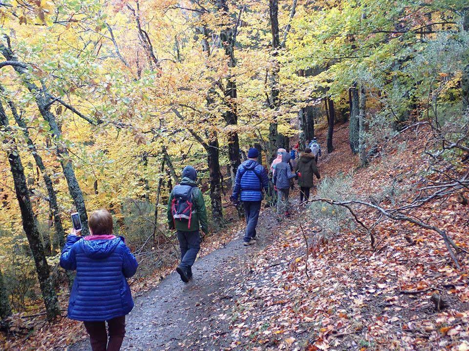 Senderismo, trekking... Actividades de Tierra de Natural Mountain
